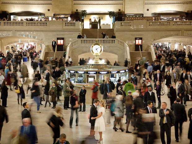 - corin-bishop-new-york-wedding-central-station-620x467