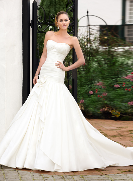 Essence of australia wedding dresses weddingsonline for Essence australia wedding dresses