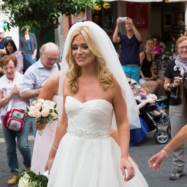 Celebrity Wedding Dresses Ireland : Tv s karen koster ties the knot in sunny sicily weddings