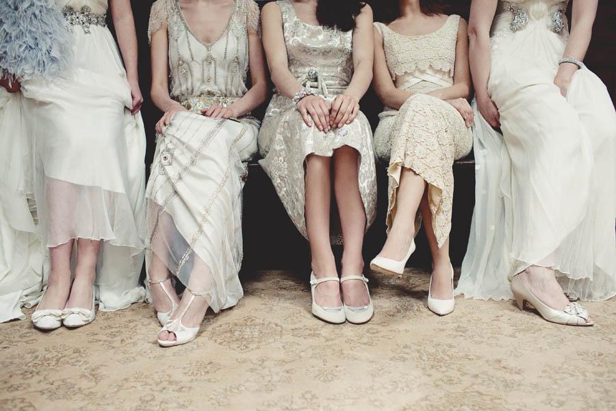 wedding-dresses-budget-tips.jpg