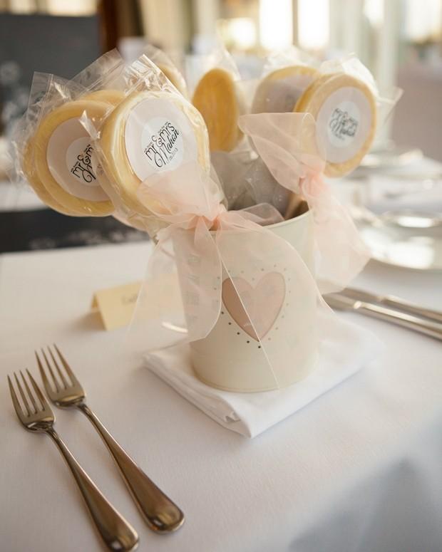 Ebony-Pearl-Real-Wedding-weddingsonline (4)