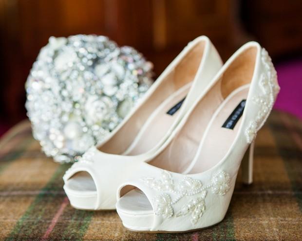 Ebony-Pearl-Real-Wedding-weddingsonline (8)