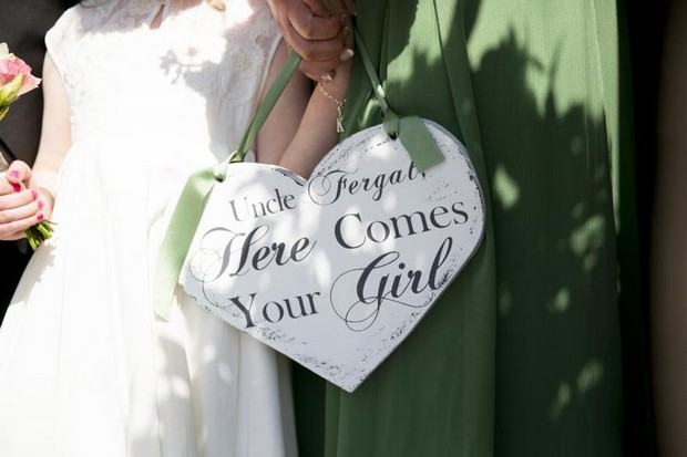 julie-cummins-real-wedding_here_comes_your_girl_sign