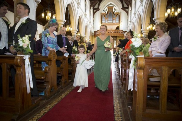 julie-cummins-real-wedding_sage-green-bridesmaids-aisle