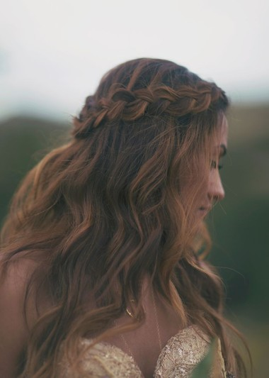 wedding hairstyles 2014 dreamy down 39 dos weddingsonline