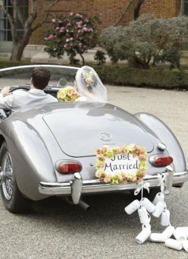 15 fab just married car ideas weddingsonline for Just married dekoration