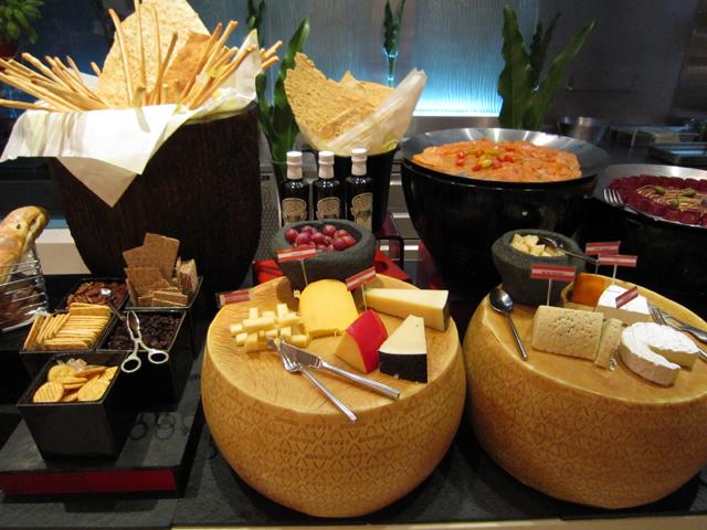 8 Amazing Wedding Buffet Ideas