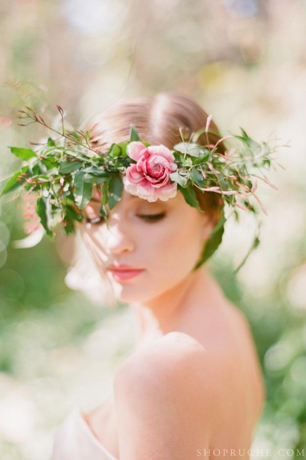 rustic flower crown wedding hairstyle