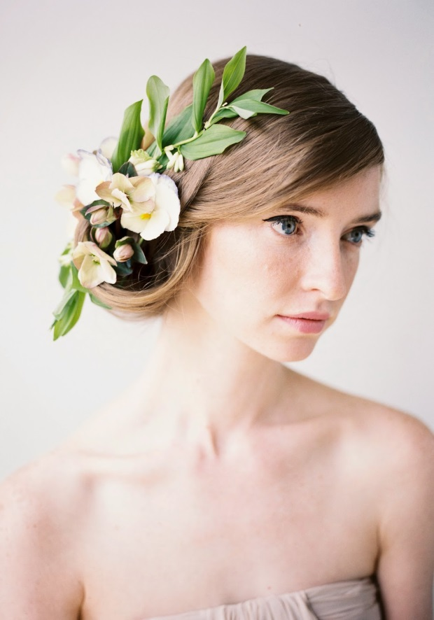 Wedding Hairstyles To The Side With Flower