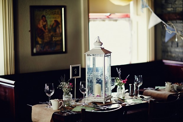 candle-lantern-wedding-table-centrepiece
