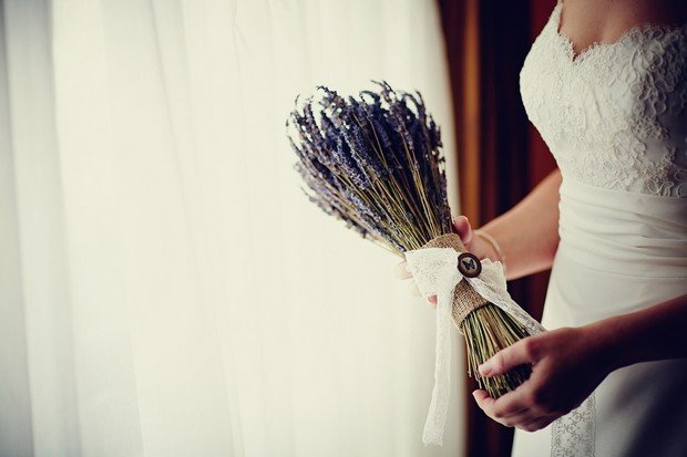 rustic-lavander-wedding-bouquet-burlap