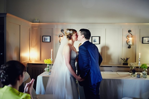 wedding-ceremony-kiss-the-bride
