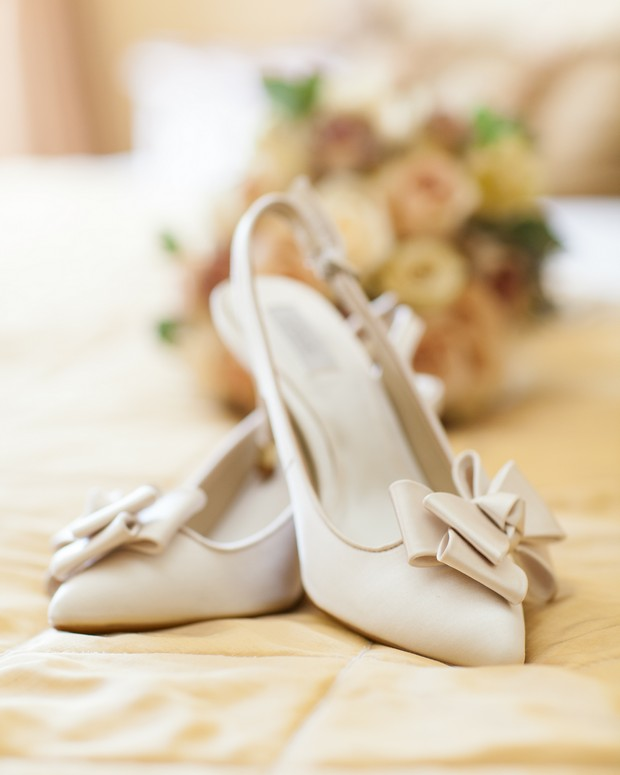 elegant cream bow wedding shoes