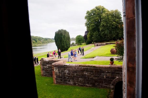 castle-leslie-estate-outdoor-wedding-party