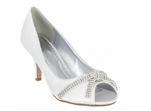 Ask Wol Where To Find Fabulous Low Mid Heel Wedding Shoes