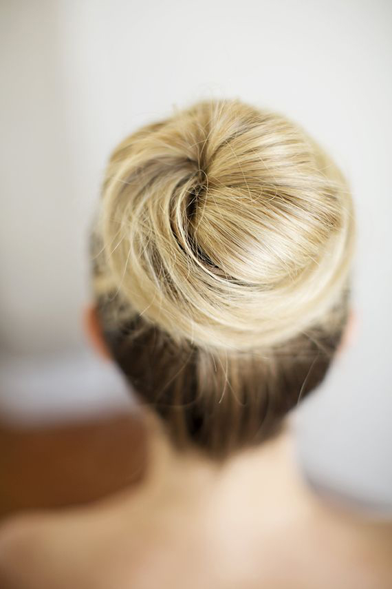 knotted-bun-wedding-hairstyle