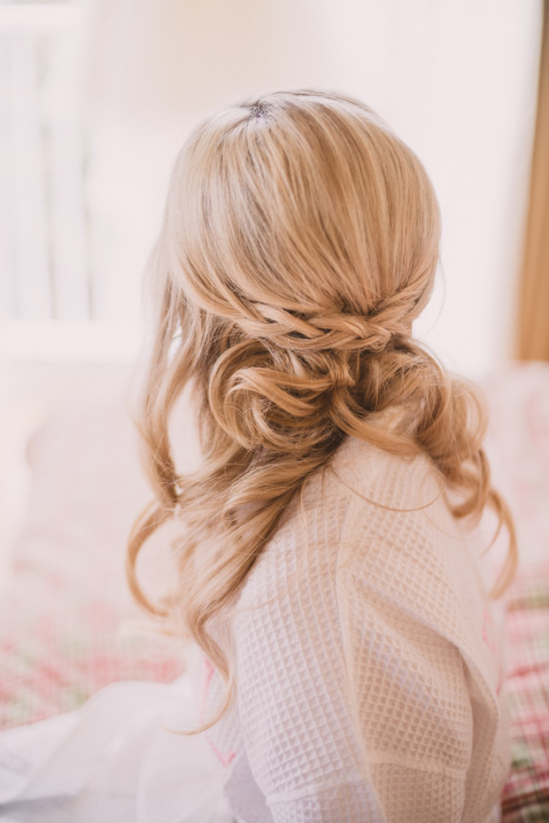 loose-waves-braided-wedding-hairstyle
