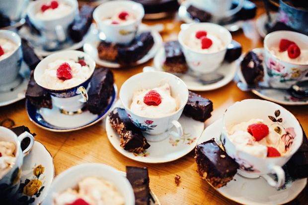 pam-paul-weding-trudder-lodge-dessert-teacups
