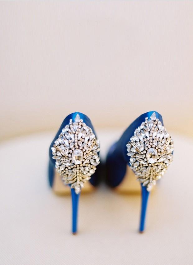 10 Ways to Include Your Something Blue | weddingsonline