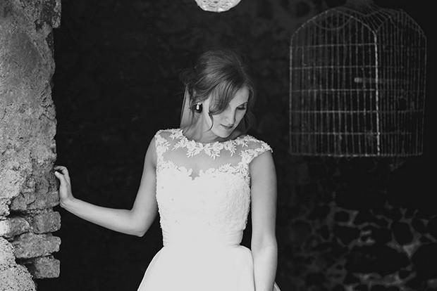 bride black white portrait