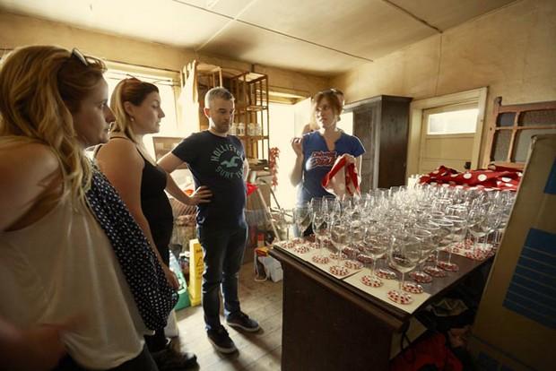 diy wedding preparations at home