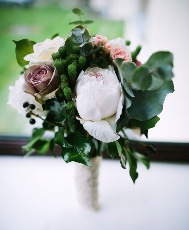 Great ways to preserve your wedding bouquet weddingsonline bridal bouquet solutioingenieria