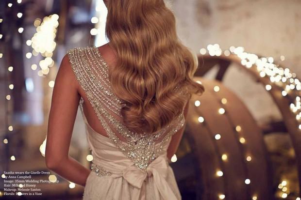 detalle-espalda-anna-campbell-vestido-de-novia-giselle