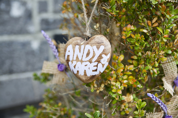 diy personalised wedding decor trinket