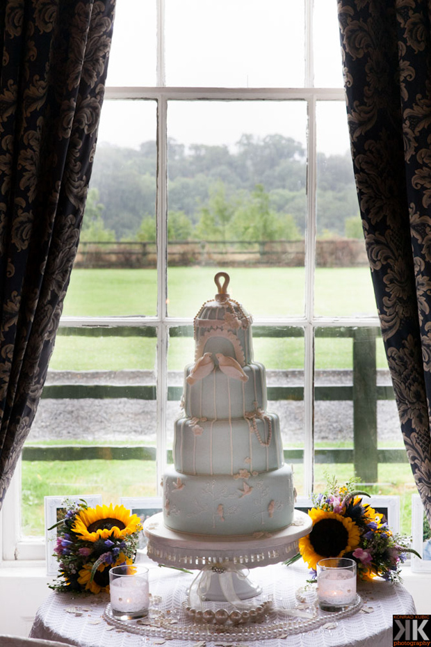 -aileen-barry-wedding-cake