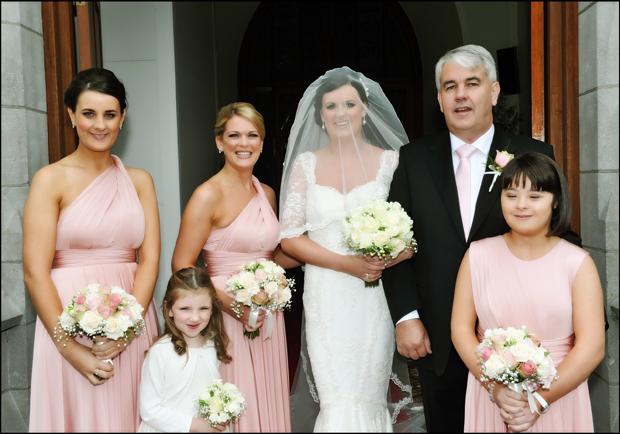 bridal-party-trim-castle-wedding-outside-church