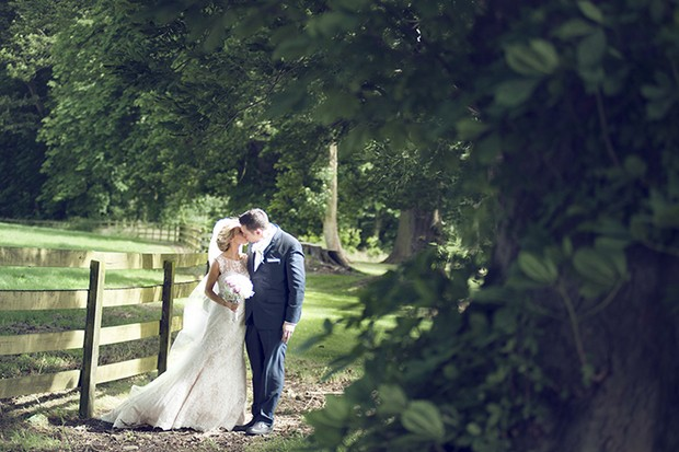 real-wedding-tankerdstown-couple-photography (17)
