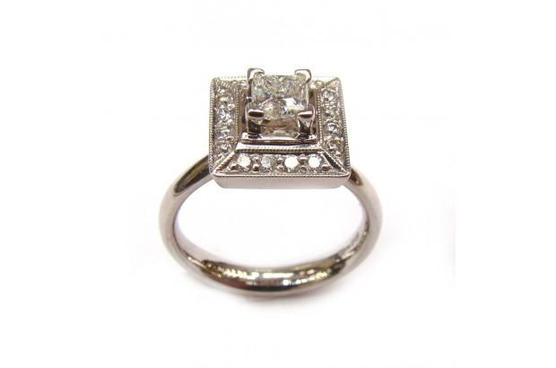 square-cut-diamond-engagement-ring=barry-doyle