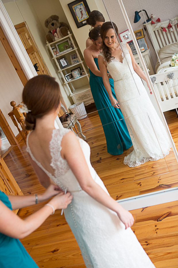 tara-john-wedding-getting-ready-bridesmaids-bride
