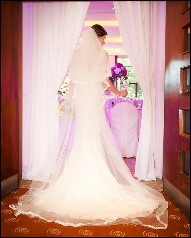trim-castle-wedding-bride