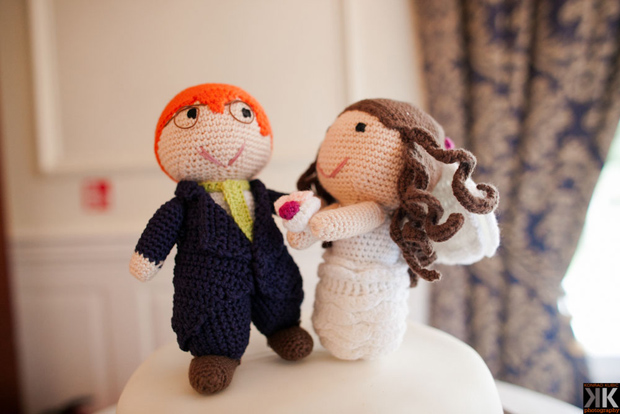 wedding-knitted-cake-topper