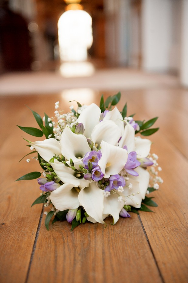 lily baby's breath wedding bouquet
