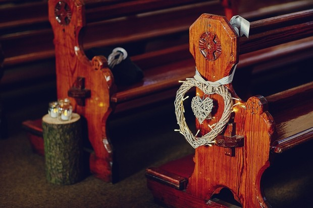 16-wooden-heart-church-pew-ends