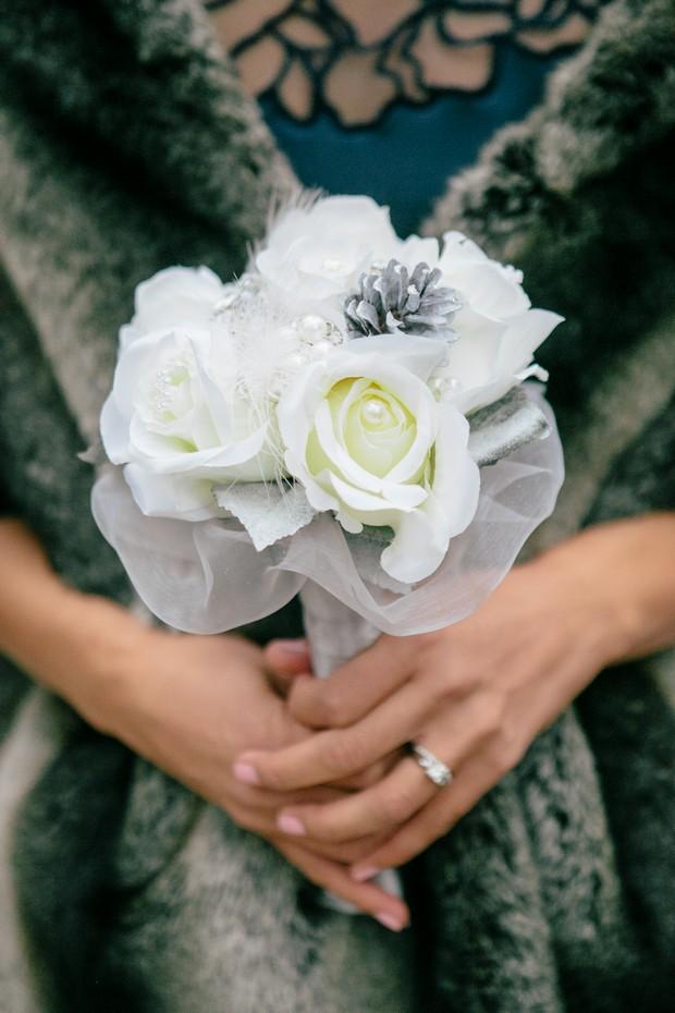 white silver navy winter wedding bouquet
