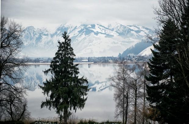 austrian landscape winter lake