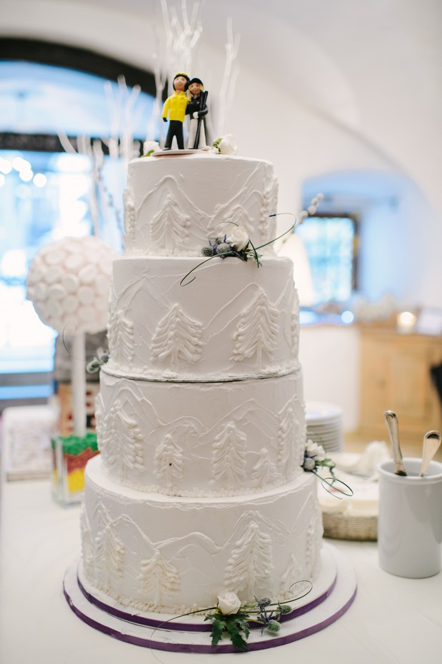 white winter themed wedding cake