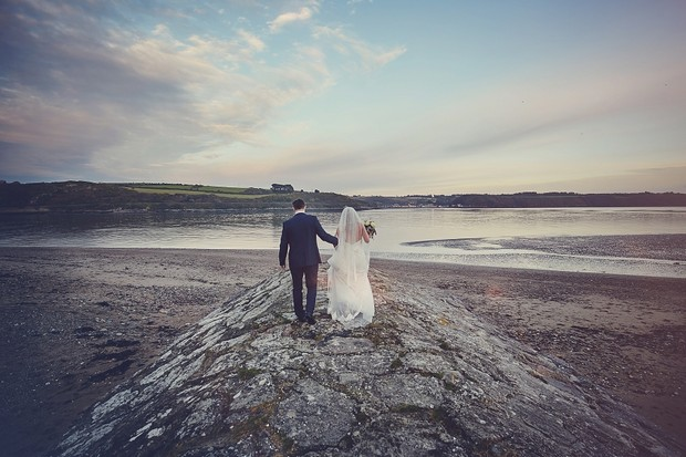 39-bride-groom-west-coast-ireland-landscape