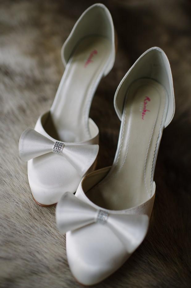 white silk bow rainbow wedding shoes
