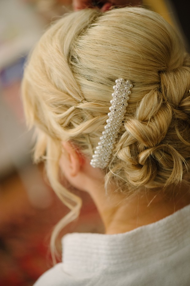 winter wedding hair style accessories