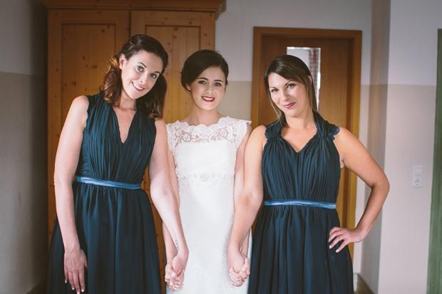 bride-in-novia-d'art-wedding-dresses-bridesmaids-green-dresses