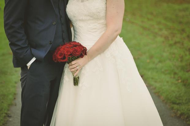 charlene-stephen-wedding-rose-bouquet-bride