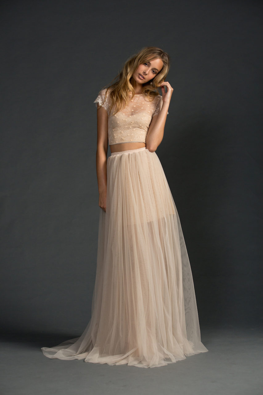 vestido-de-boda-top-corto-destino-graceloveslace-weddingsonline-2