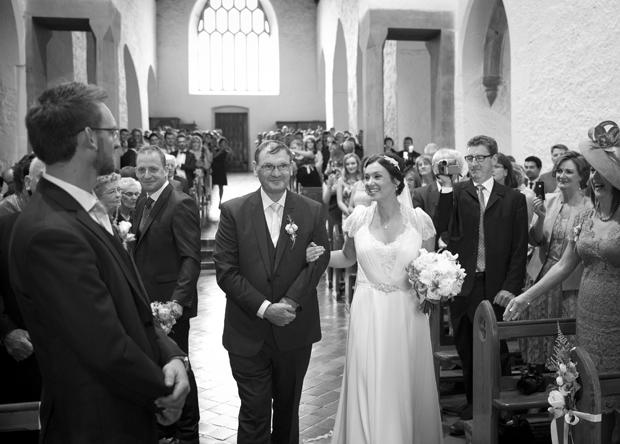 daniel-marie-therese-wedding-bridal-entrance