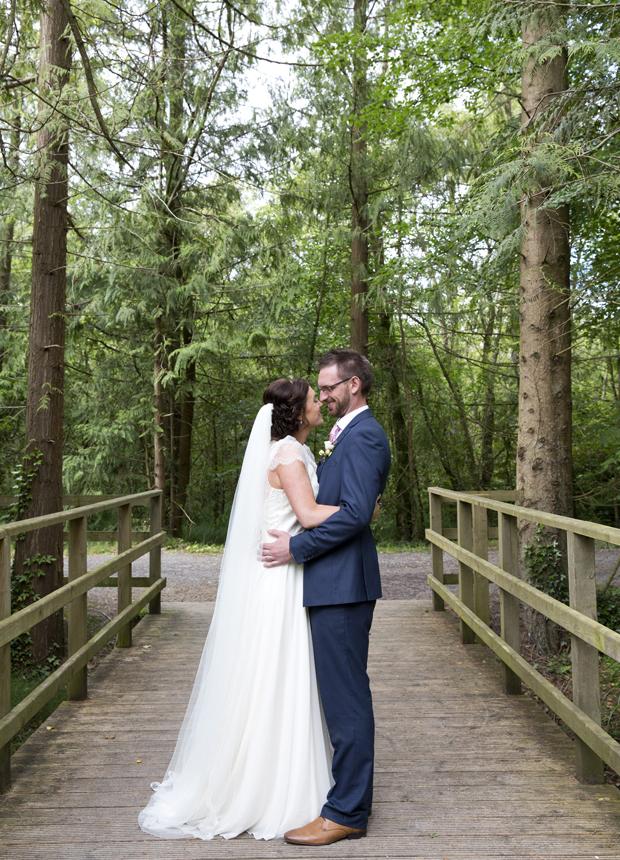 daniel-marie-therese-wedding-bride-groom-bridge