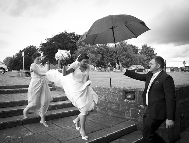 daniel-marie-therese-wedding-bride-umbrella