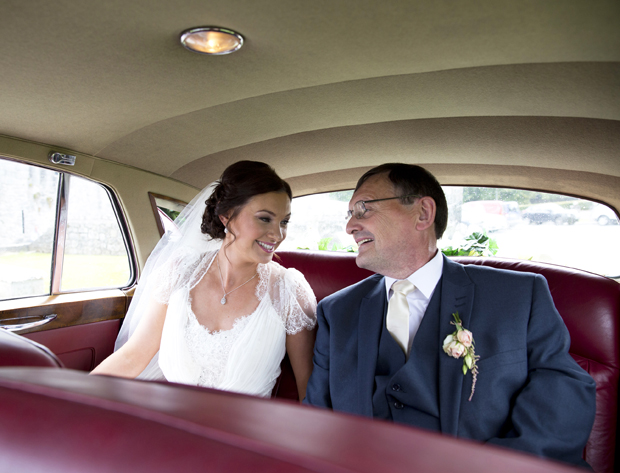 daniel-marie-therese-wedding-car-on-way-to-ceremony